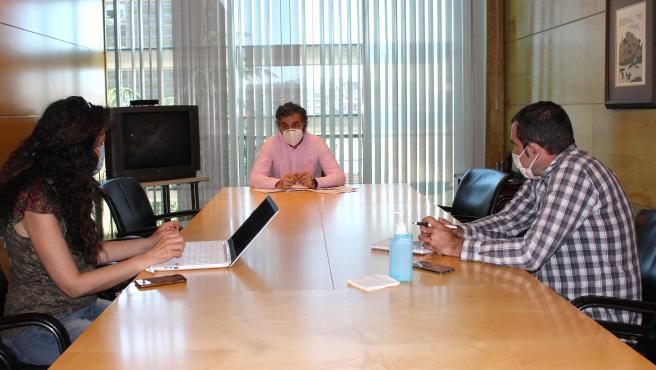 Reuniones con el Consejero y Delegada Gobierno para valorar la situación por la pandemia.